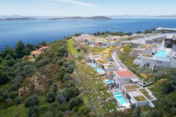 Eagles Villas Halkidiki Overview