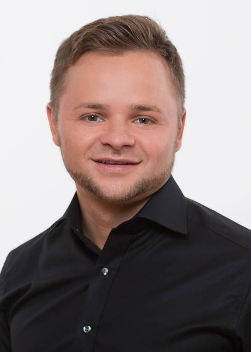 Johann Petrow (Senior Operation & Quality Manager)