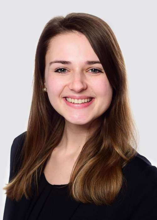 Valentina Uhl (Junior Communications Manager)