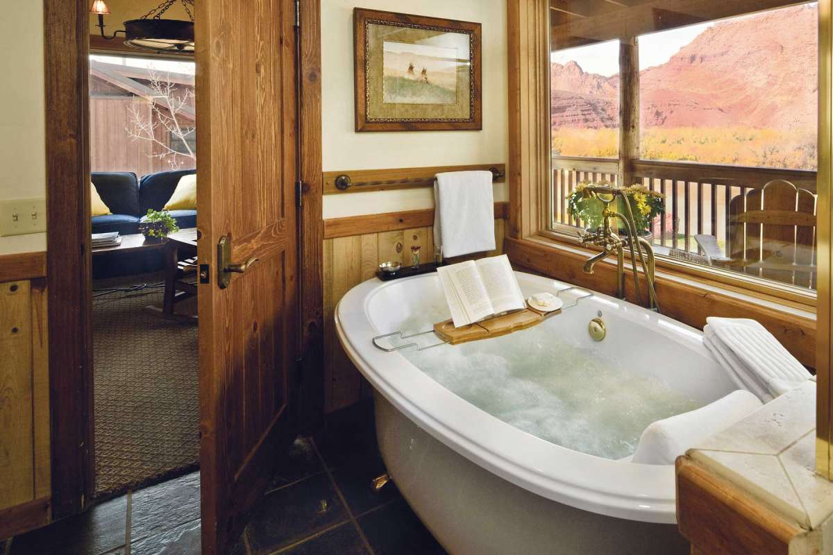 Sorrel River Ranch Bathroom Tub