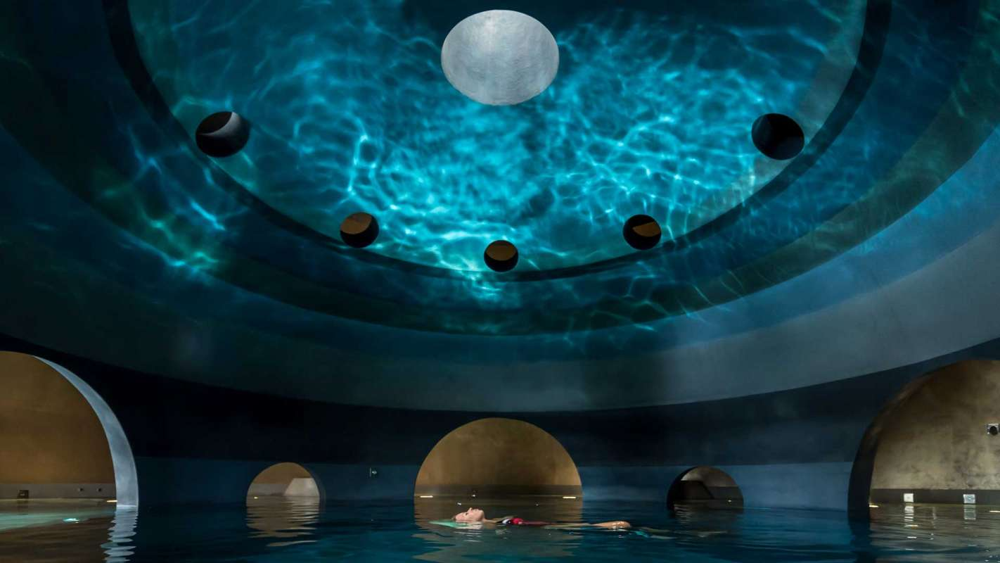 Euphoria Spa Sphere Pool