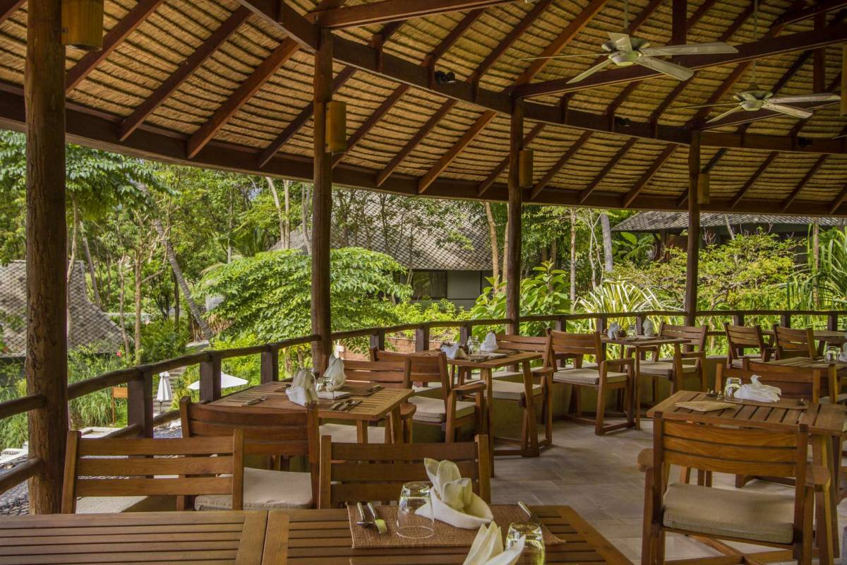 View on the all-wooden interior in the upstairs area of Amrita Cafe at Kamalaya Koh Samui