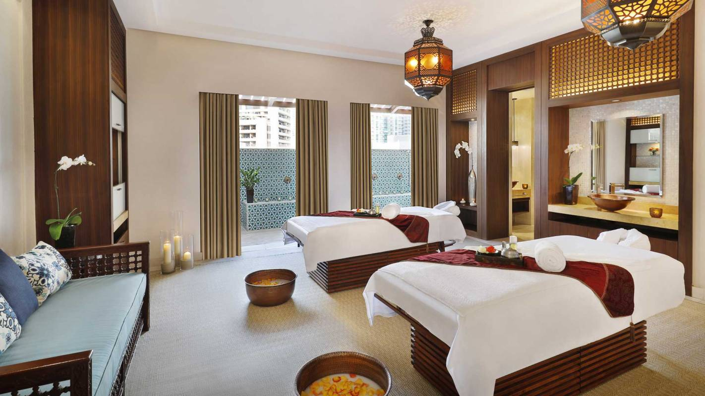 The Ritz Carlton, Dubai Spa Suite